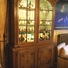 Ref. 05 - Ardeense vitrinekast 18e eeuws
