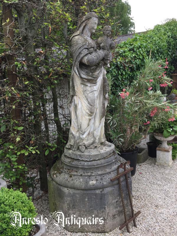 Ref. 01 – Franse Madonna foto 1
