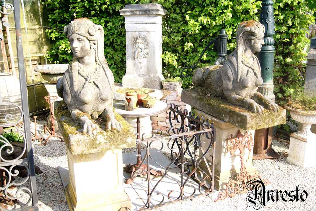Ref. 12 – Sfinxen beelden - 2 stuks foto 1