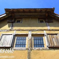Ref. 15 – Ramen met luiken vakwerkhuis