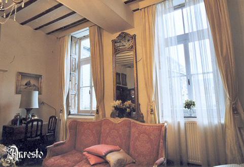 Ref. 17 – Renovatie & antieke meubel decoratie