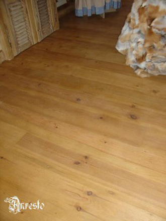 Ref. 18 – Plancher in pitch pine vloer