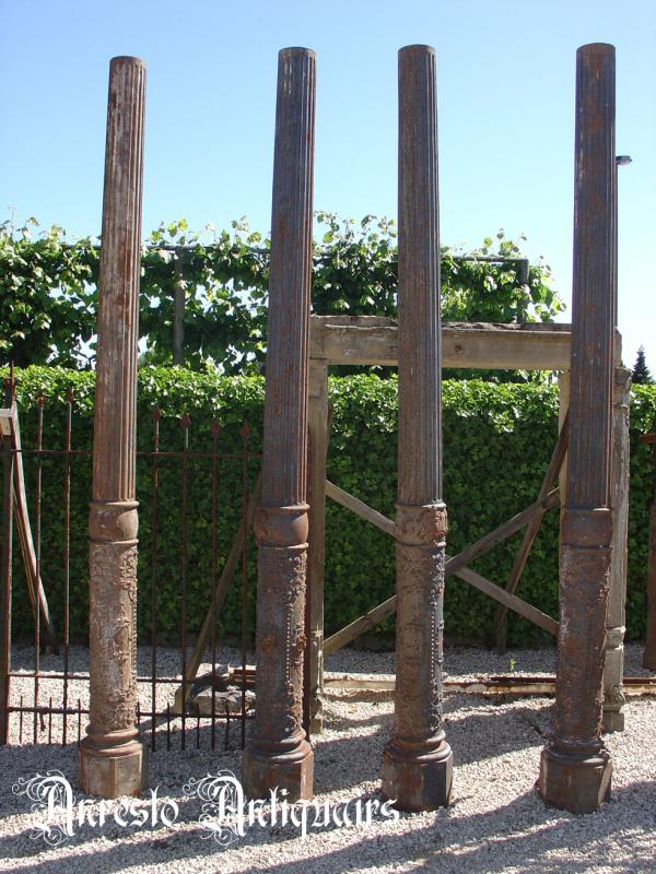 Ref. 01 – Korinthische zuilen