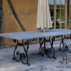 Ref. 01 – Venetiaanse stijl tuintafel