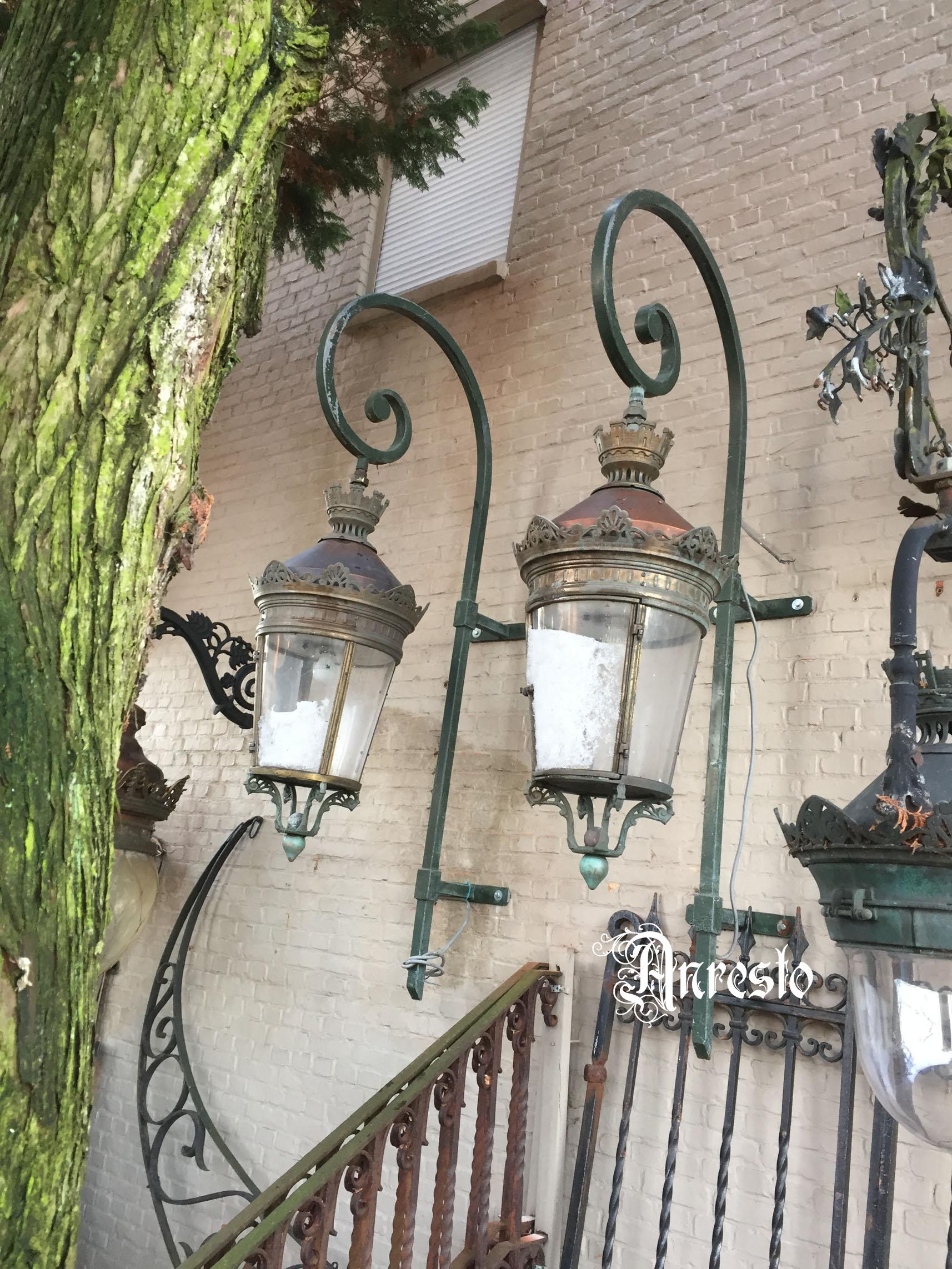 Ref. 15 - Antieke lampenkoppen, oude lantaarnkoppen
