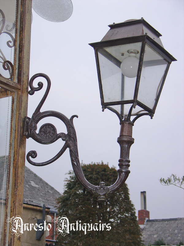 Ref. 23 – Art Nouveau muurlantaarn