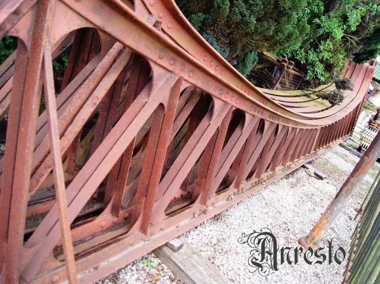 Ref. 30 – Smeedijzeren brugspanten foto 1