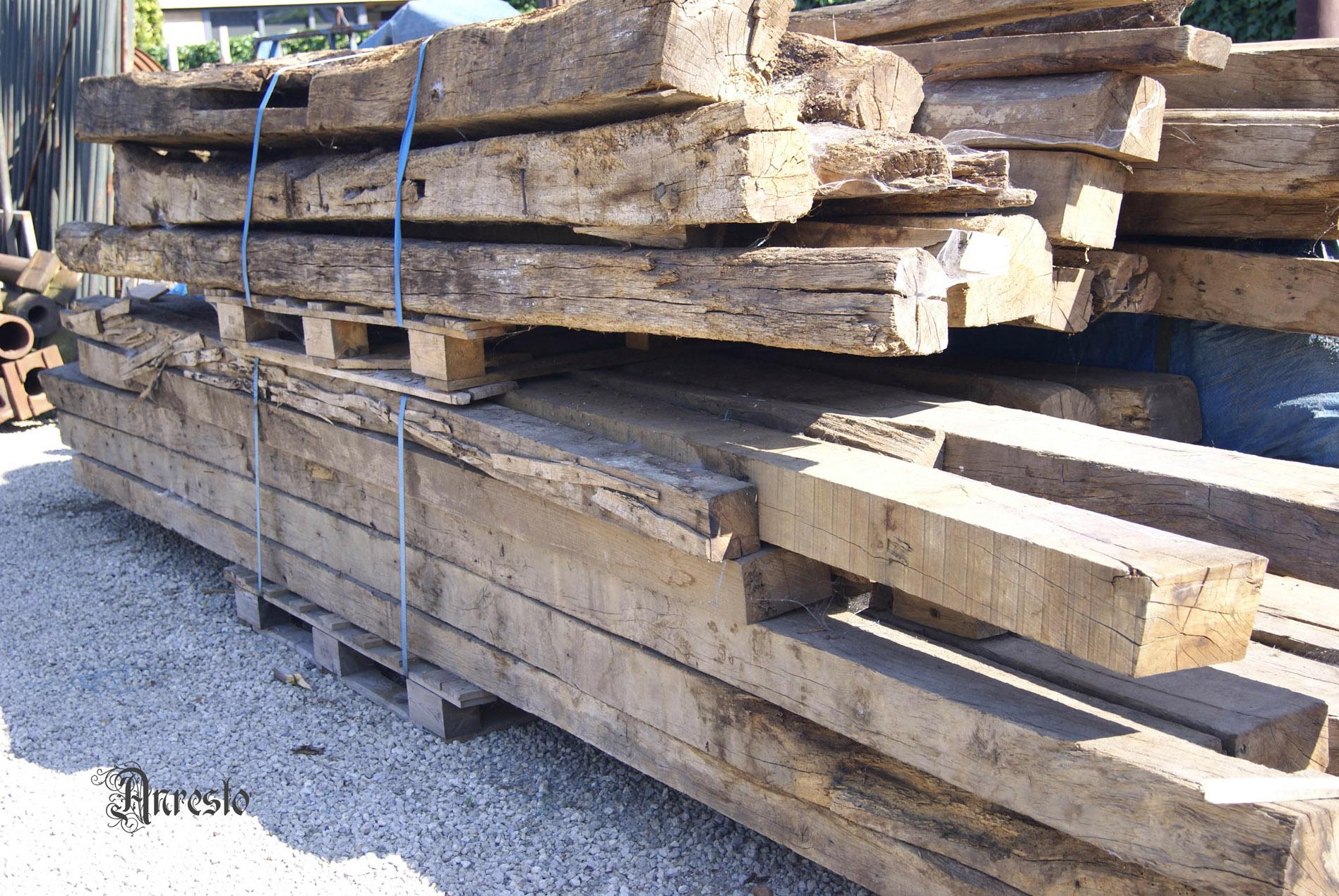 Ref. 05 – Antieke bouwmaterialen, eiken balken, oude bouwmaterialen