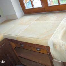 Ref. 06 – Keukenwerkblad Bourgondische steen - Anresto keuken ontwerp