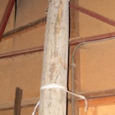 Ref. 06 – 18de eeuwse eikenhouten zuilen