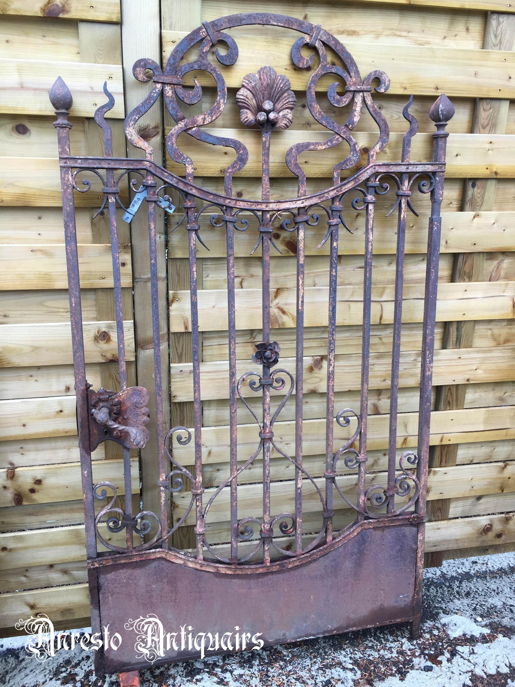 Ref. 27 – Antieke smeedijzeren poort, oude smeedijzeren poort