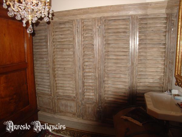 Ref. 25 – Muurkast op maat gemaakt met antieke luiken