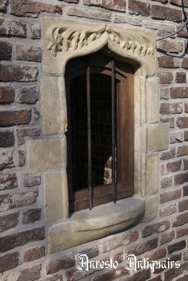 Ref. 12 – Vlaams Gotisch raam