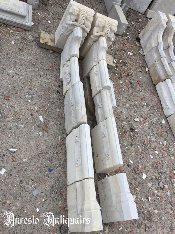 Ref. 41 – Gotische schouwbenen met eikenhouten bovenmantel