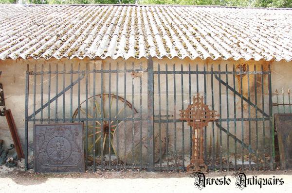 Ref. 46 – Antieke Vlaamse hoevepoort, oude landelijke poort