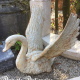 Ref. 55 – Oude gietijzeren zwaan met gespreide vleugels
