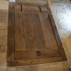 Ref. 81 – Exclusieve landelijke houten kelderdeur, exclusief landelijk houten vloerluik foto 1