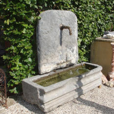 Ref. 12 – Antieke muurfontein, oude tuinfontein