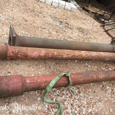 Ref. 76 – Oude gietijzeren zuilen foto 1