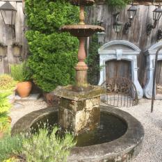 Ref. 14 – Antieke Brusselse ijzeren fontein