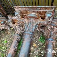 Ref. 19 – Antieke gietijzeren Barok zuilen foto 1