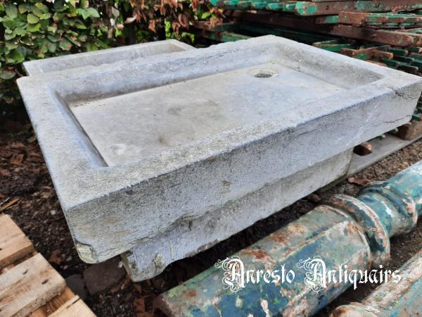Ref. 36 – Antieke blauwstenen wasbak