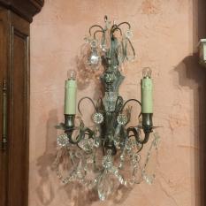 Ref. 40 – Stel van 2 antieke wandlampen behangen met glazen geslepen pegels