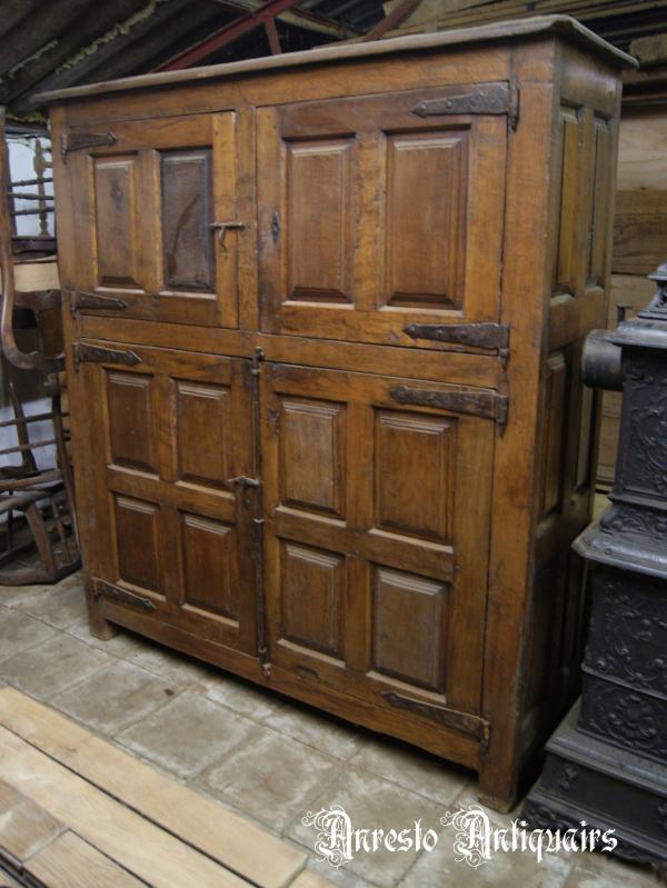 Ref. 52 – Antieke Spaanse 4-deurskast