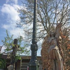 Ref. 64 – Antieke Brusselse gietijzeren lantaarnpaal