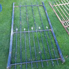 Ref. 88 – Oude smeedijzeren poort