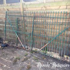 Ref. 94 – Antieke landelijke smeedijzeren tuinpoort